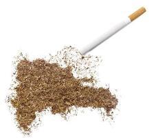 cigarrillo y tabaco con forma de república dominicana (serie) foto