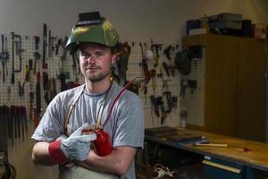 metal worker photo