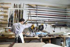 Happy Worker in framers studio