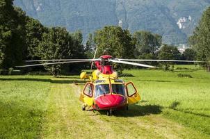 helicóptero de rescate de emergencia
