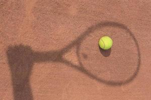 shadow of a tennis player