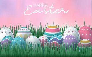glücklicher Osterhintergrund mit Eiern im Gras mit rosa Himmel