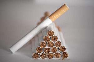 pirâmide de cigarros