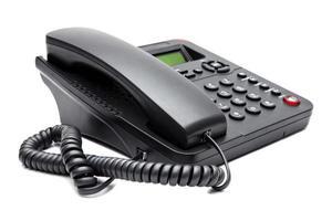 teléfono negro aislado sobre fondo blanco foto