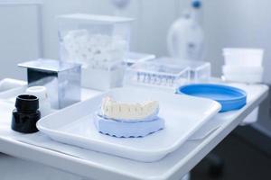 molde de yeso dental foto