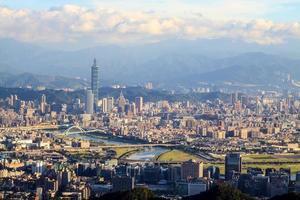 La vista de la ciudad de Taipei, Taiwán foto
