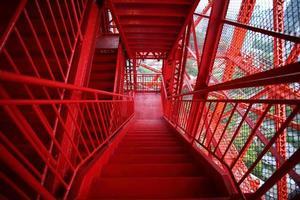 tokyo torre-escaleras al aire libre