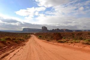 camino del valle del desierto foto