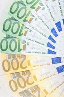 billetes en euros repartidos por el suelo - moneda europea