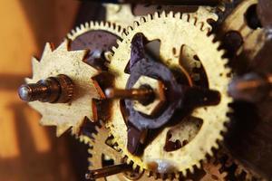 engranajes mecánicos antiguos foto