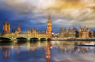 big ben y casa del parlamento foto