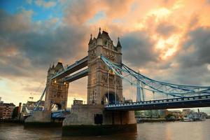 puente de la torre de londres foto