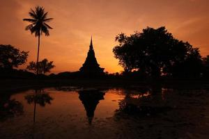 THAILAND SUKHOTHAI WAT MAHATHAT photo