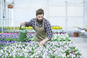 joven florista foto