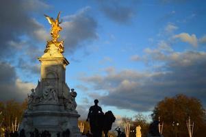 Victoria Monument, Buckingham Palace, London photo