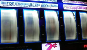 Motion of spinning slot machine