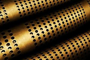 tubos perforados de metal foto