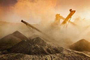 Industrial crusher - rock stone crushing machine photo
