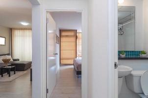 Salón y dormitorio interior de lujo foto