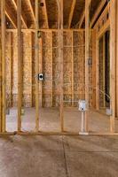 quadro interior casa de madeira