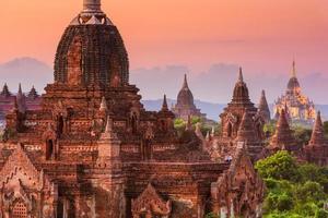 templos de bagan foto
