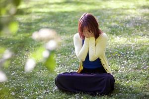 trieste, depressieve vrouw