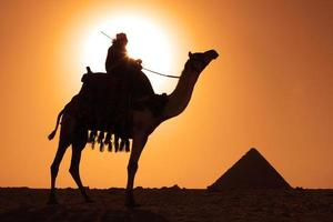 pirámides beduinas foto