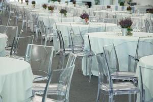 ambiente clásico para banquetes foto
