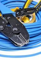 ferramenta e cabos de crimpagem