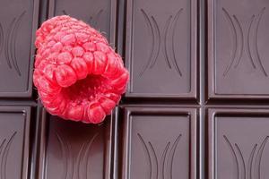 Raspberry and dark chocolate photo