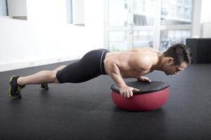 push-up en tosu ball foto