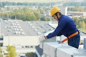 albañil trabajador albañil de construcción foto