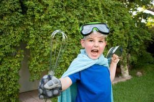 chico superhéroe foto