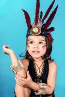 niña en traje indio foto
