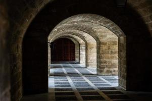 Archs way to the cathedral. Palma de Mallorca, Spain