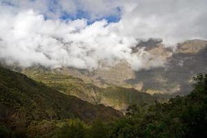montañas en reunión foto