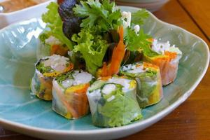 Vietnamese fresh spring roll photo