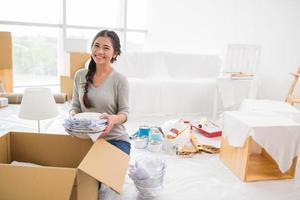 Unpacking girl photo