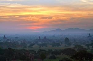Bagan, Myanmar photo