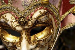 mask photo