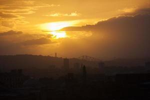 schotland - het stadscentrum van Edinburgh zonsondergang