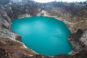 vulcão kelimutu, indonésia