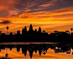 Silhouette Angkor Wat castle.