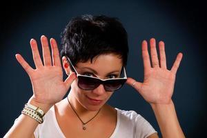 girl in sunglasses photo