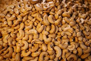 Salted roasted cashew nuts