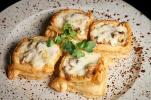 Stuffed puff pastry