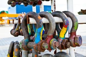 Assorted construction shackles