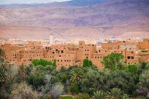 Vista del paisaje de la ciudad de Tinghir en el oasis, Marruecos