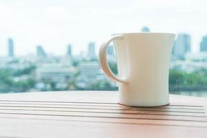 taza de cafe en la mesa