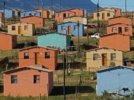 vivienda de bajo costo foto